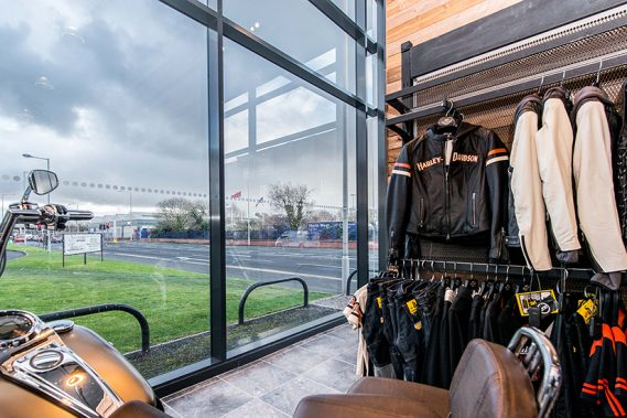 Commercial Doors & Screens
